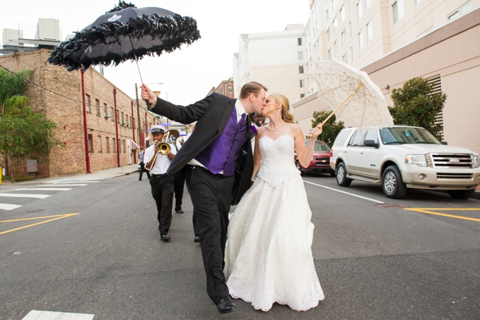 New Orleans Wedding umbrellasl-107