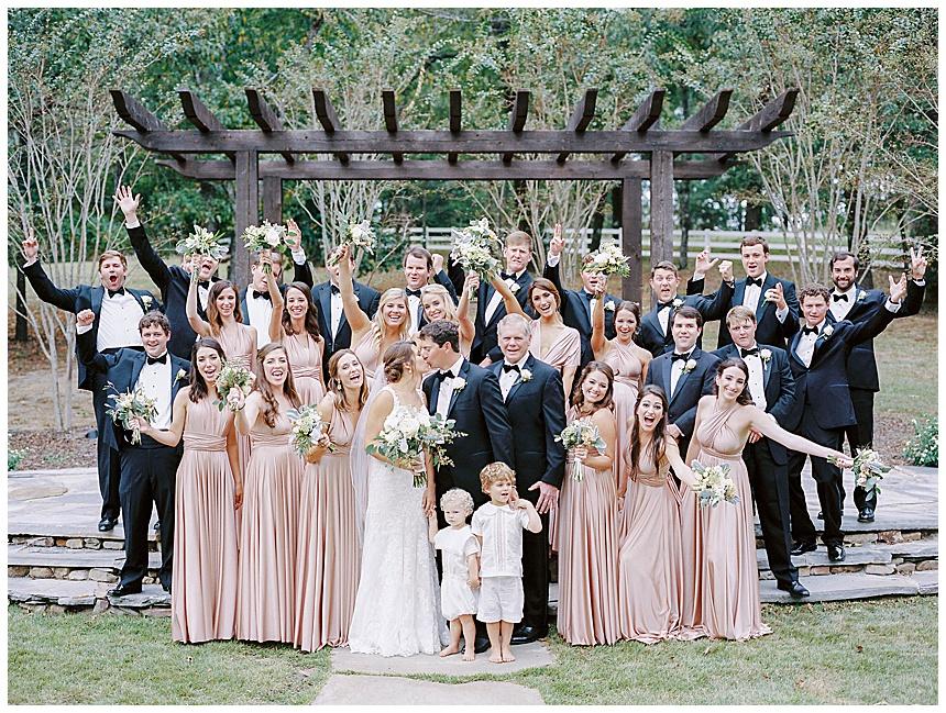 wedding party at barn at shady lane birmingham al